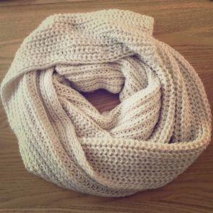 Oversize Zara scarf